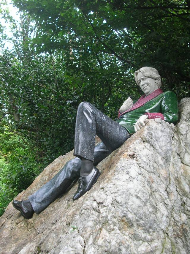oscar wilde merrion square trotamundostatisato