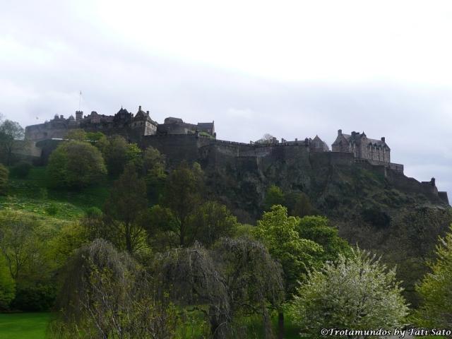 2010 Edinburgh_Castelo de Edinburgo_trotamundostatisato