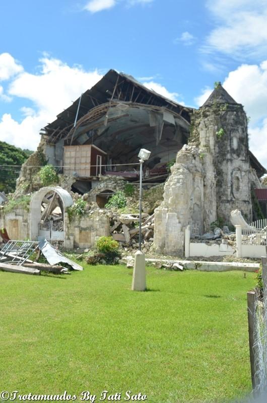 ruinas igreja_terremoto_bohol_filipinas_trotamundosbytatisato